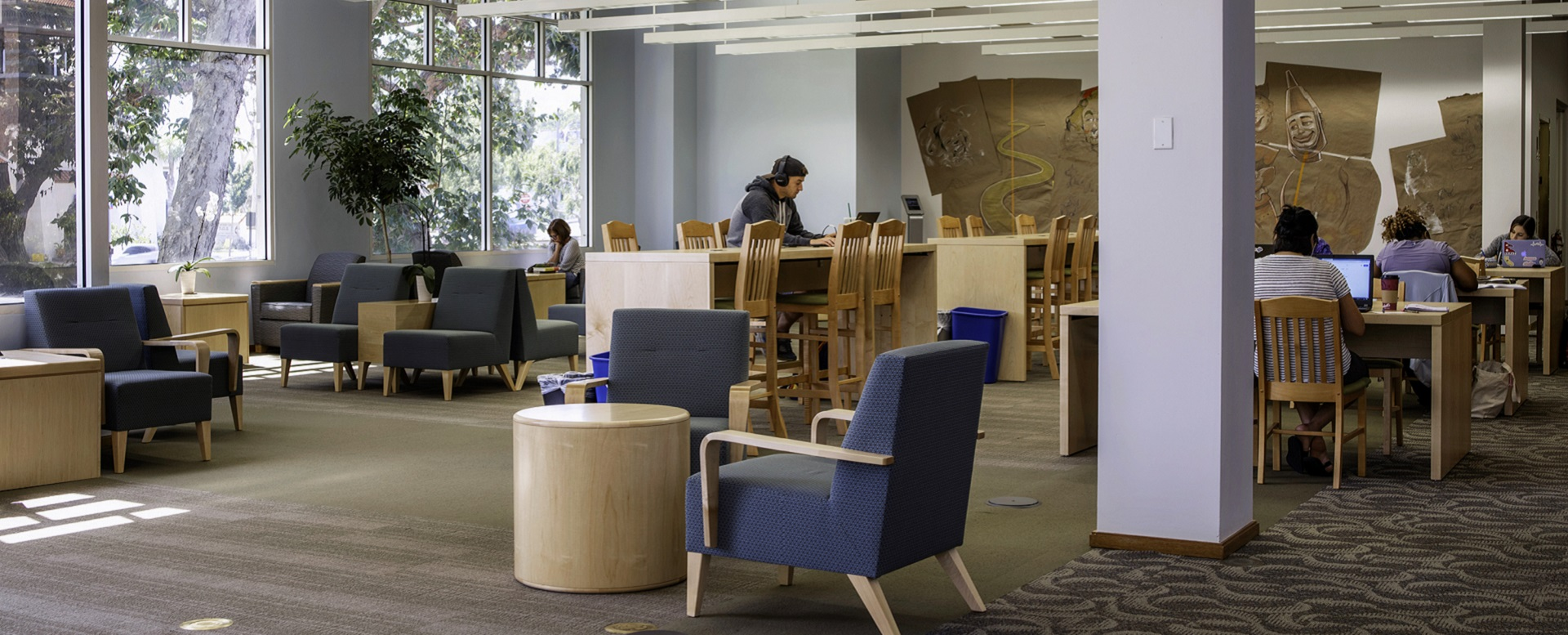 Image of reading lounge space inside the library